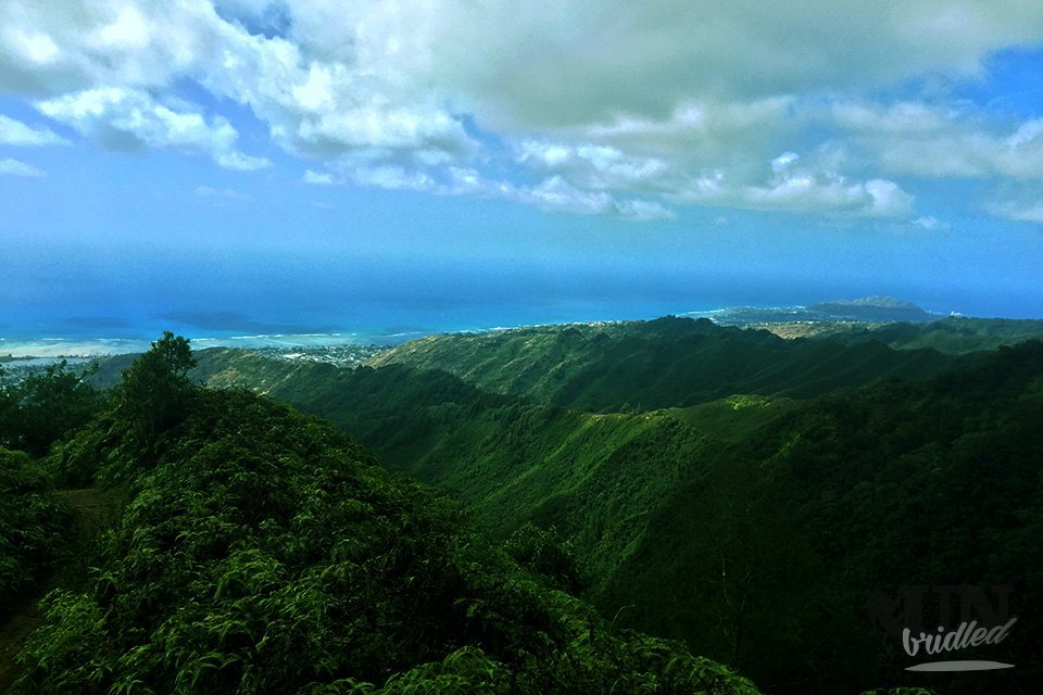 From the Kuliouou Summit you can see the other mountain ridges and the ocean