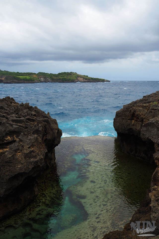 A pool in Nusa Penida, where the ocean level is lower, so that it looks like a natural infinity pool