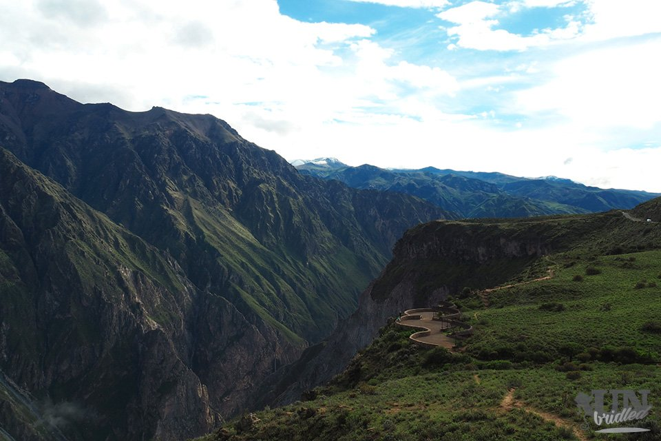 Massive mountains on the other side of the Colca Canyon from Cruz del Condor viewpoint