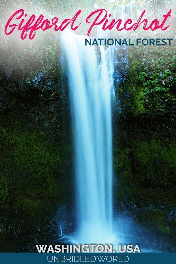 Romantischer Wasserfall umzingelt von Grün mit dem Text: Gifford Pinchot National Forest