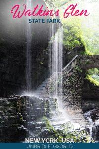Wasserfall mit Brücke im Hintergrund und dem Text: Watkins Glen State Park