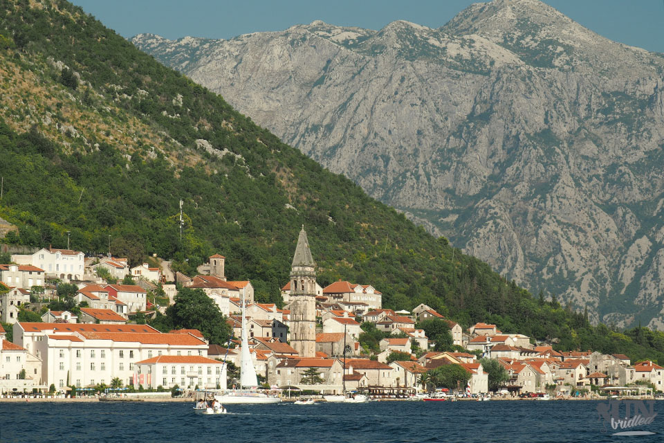 Perast at the Bay of Kotor: Mediterranean old town with incredible mountain scenery